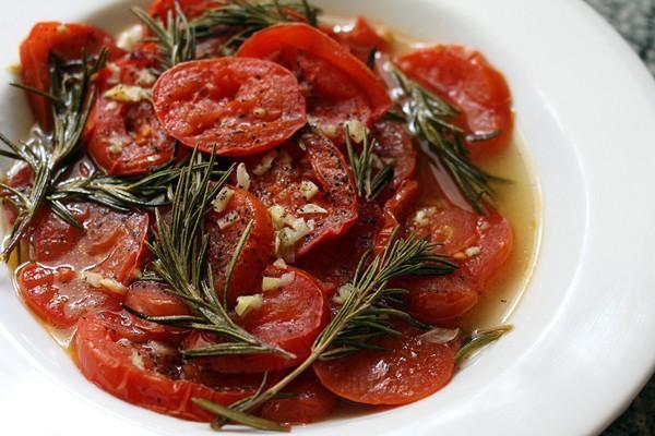 roasted-tomatoes-med-side-shot-600