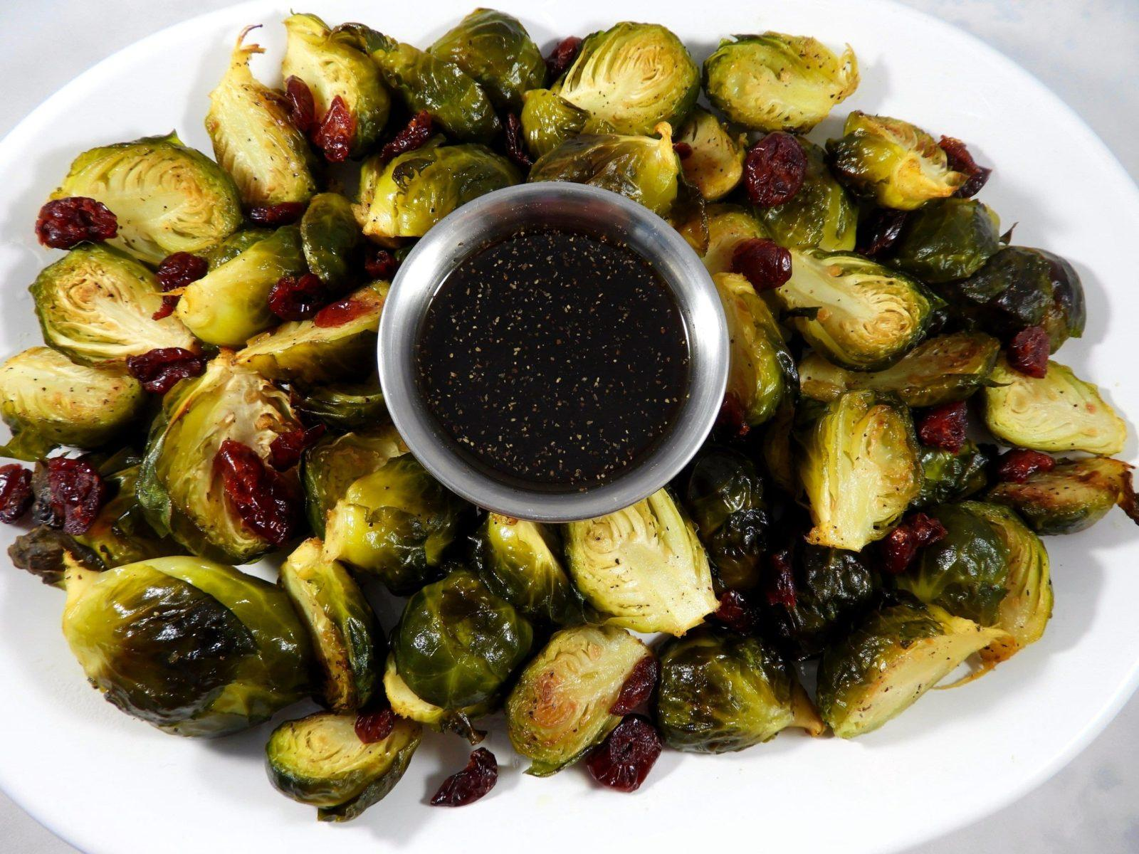 balsamic-coconut-vinegar-roasted-brussel-sprouts
