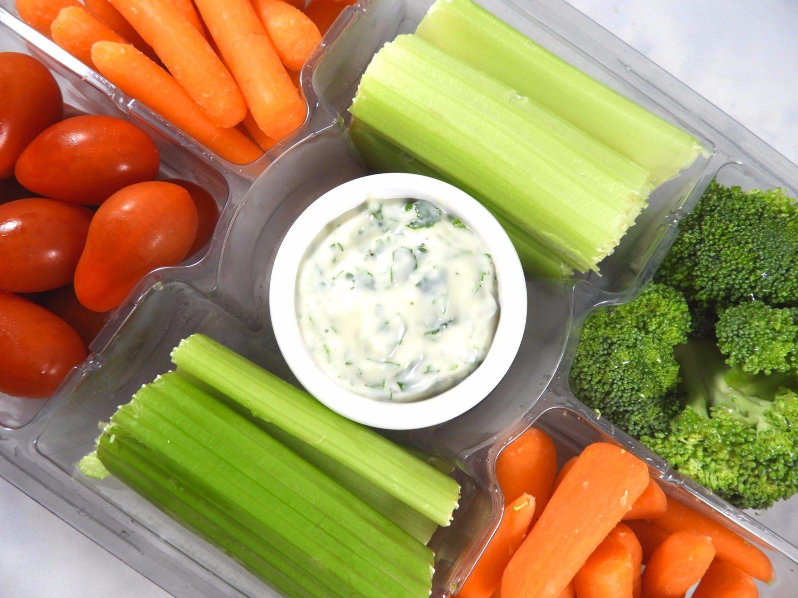 cilantro-mayo-veggie-dip