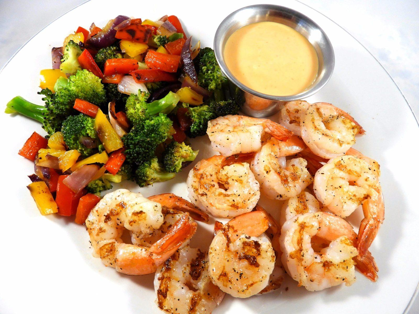 sriracha-mayo-grilled-shrimp (1)
